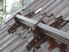 Стальной трубчатый снегозадержатель Grand Line на металлочерепицу
